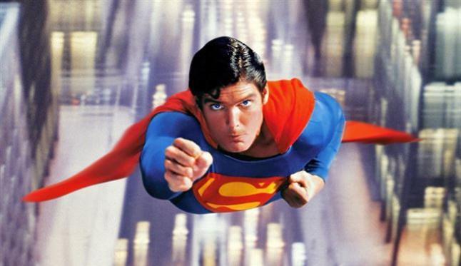 marvel-jean-grey-en-una-escena-eliminada-de-logan-superman