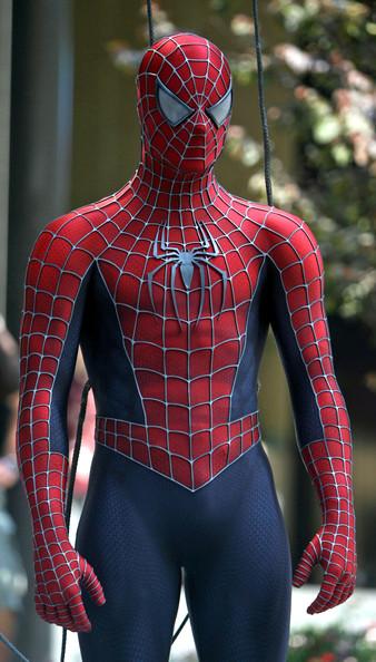 marvel-la-evolucion-del-traje-de-spider-man-en-el-cine-07-spider-man-3-2007