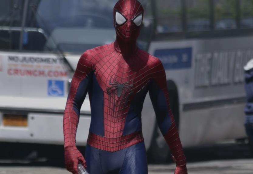 marvel-la-evolucion-del-traje-de-spider-man-en-el-cine-11-amazing-spider-man-2-2014