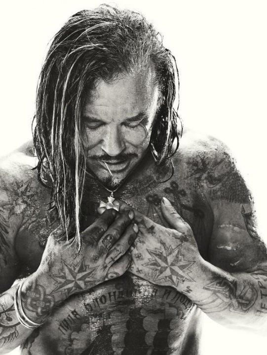marvel-mcu-curiosidades-iron-man-2-mickey-rourke-tatuajes